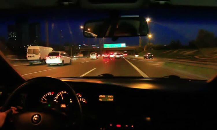 Những lưu ý giúp lái xe an toàn ban đêm